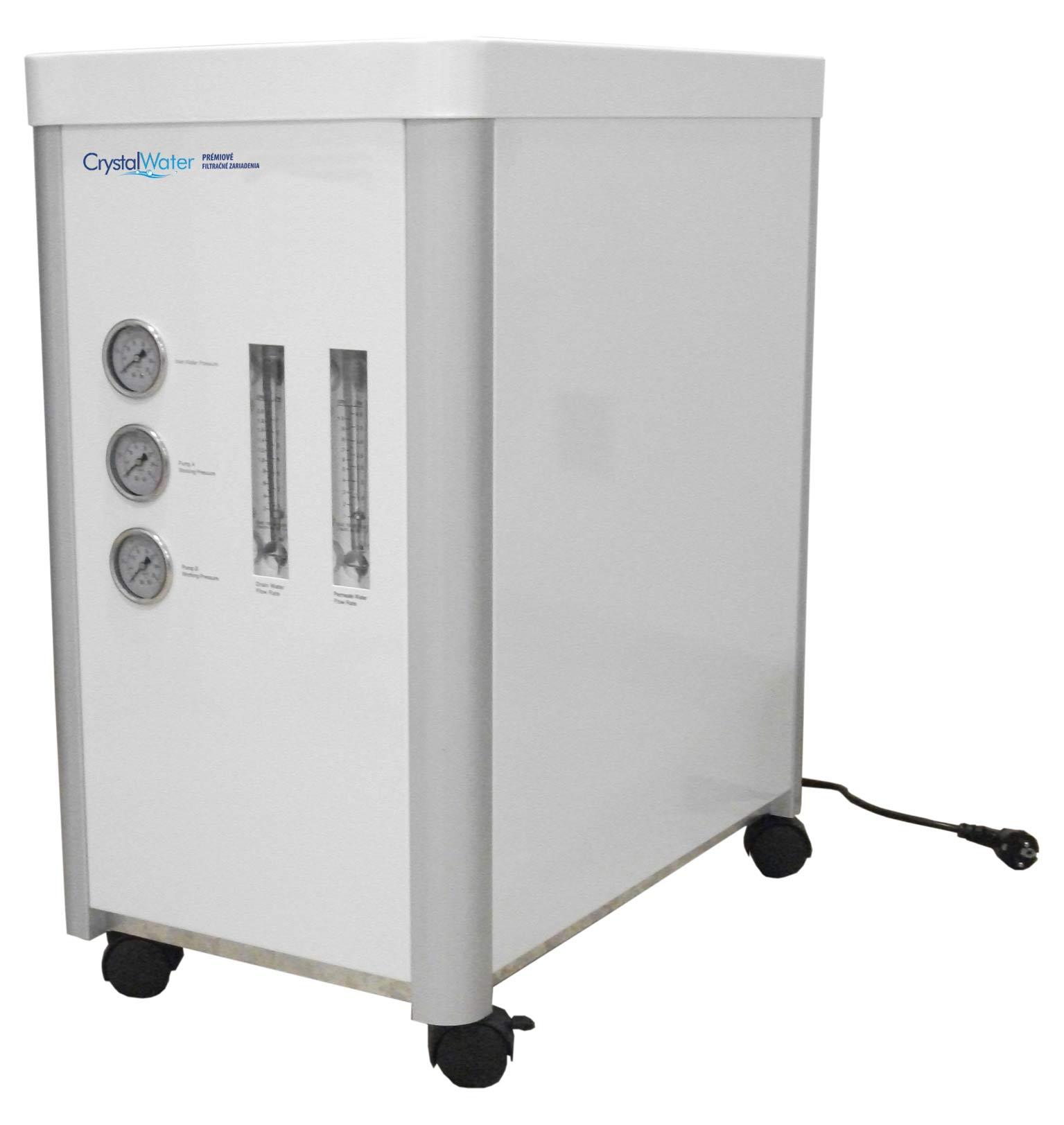 Komerčná reverzná osmóza s výkonom do 142 litrov demineralizovanej vody za hodinu